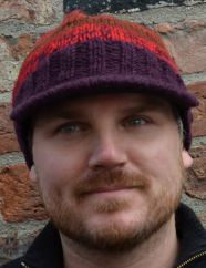 Half fleece lined pure wool two tone peak hat Reds