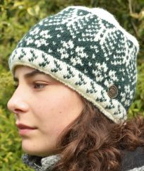 Winter Leaf NAYA pure wool beanie Green