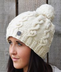Half fleece lined pure wool cable bobble hat White