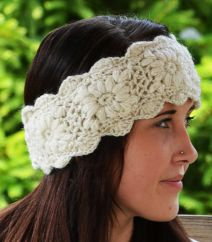 Fleece lined headband crochet sparkle  White