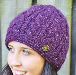 Half fleece lined fine wool mix cable beanie purple