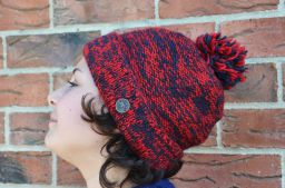 Two tone turn up bobble hat red/smoke