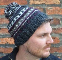 Half fleece lined pure wool pattern ridge bobble hat Greys/plum