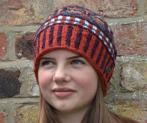 NAYA Pure wool hand knit cosmos beanie spice